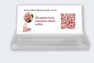 Funeral placa personalizada : Pequeña placa conmemorativa código QR - Vela con fondo blanco